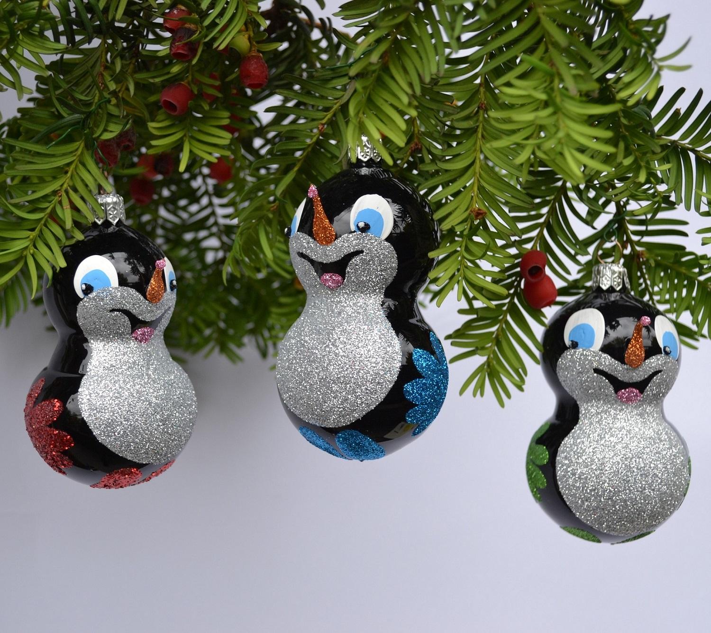 ruční práce - skleněná vánoční ozdoba Krtka - pouze osobní odběr na Černopolní 22a, Brno (1ks/100,- Kč)